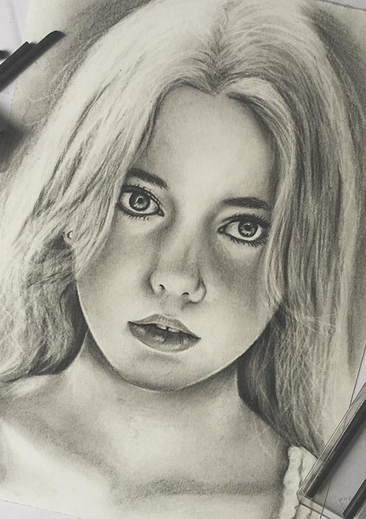 Kadriart portree joonistused ja illustratsioonid süsi